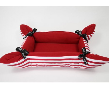 wagworld-cupcake-midi-dog-cat-bed-cherry-stripe